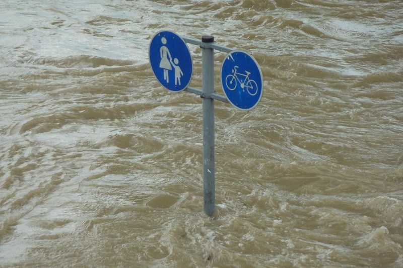 Señales en inundación