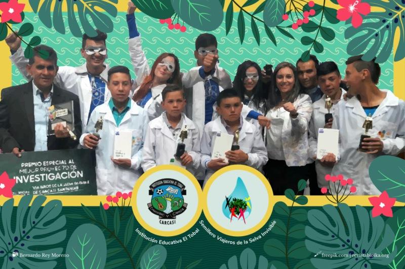 """Grupo premiado do projeto """"Viajantes da selva invisível"""""""