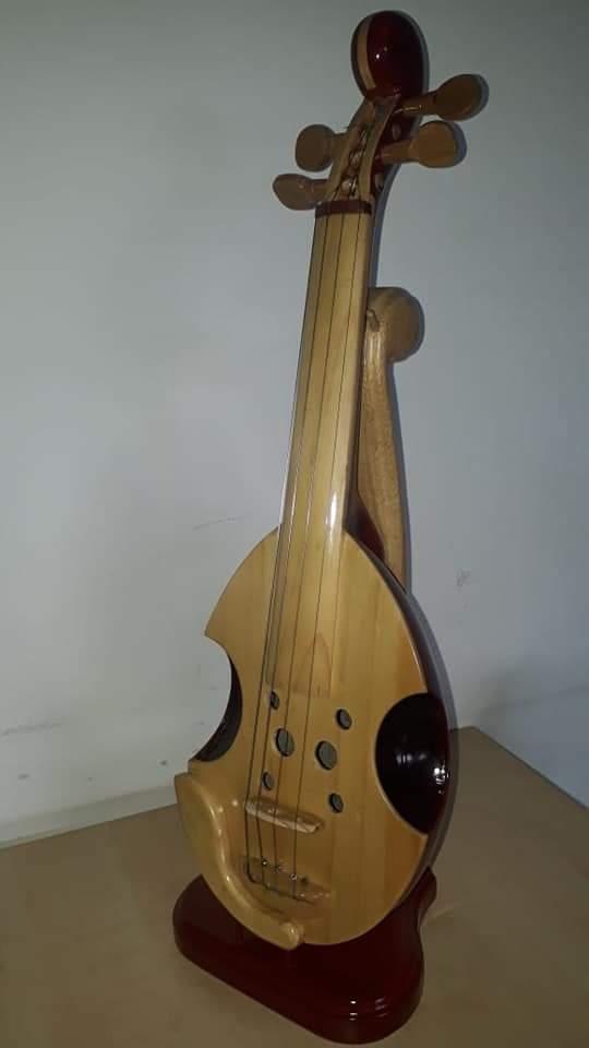 Violin de totumo